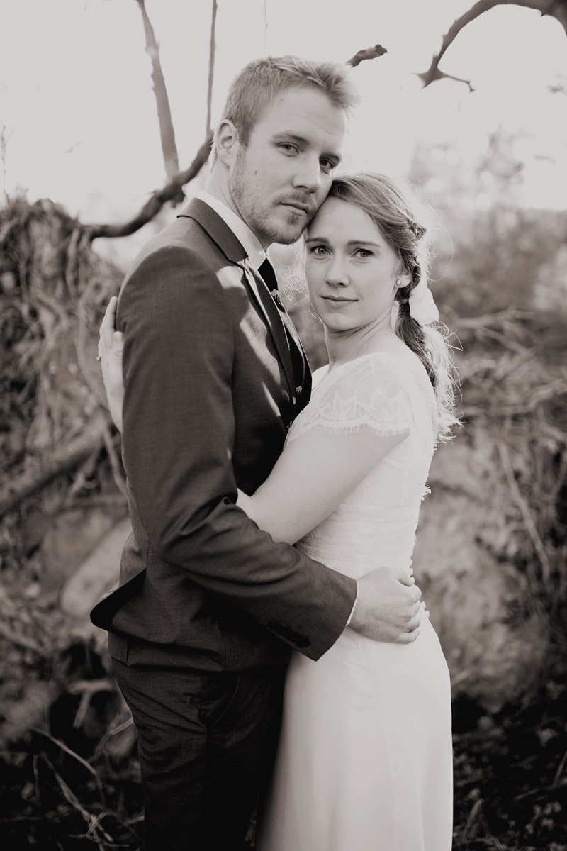 Wedding Photography Photojournalistic Style: A Rustic Bohemian Christmas Wedding In Virginia. {east