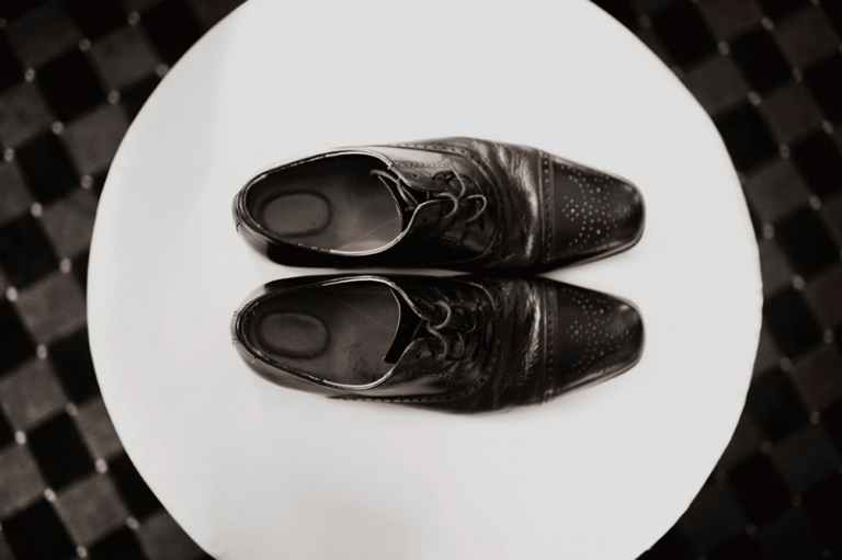 groom shoes // joyeuse photography