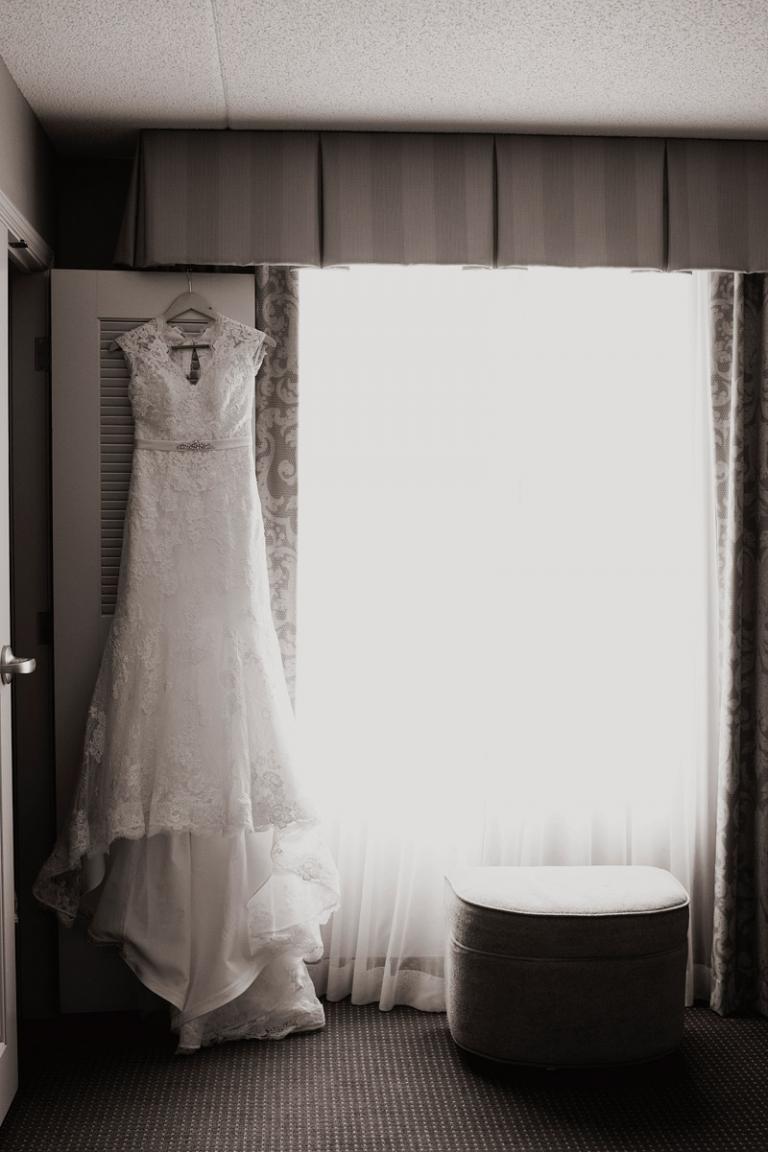 vintage inspired wedding dress // joyeuse photography